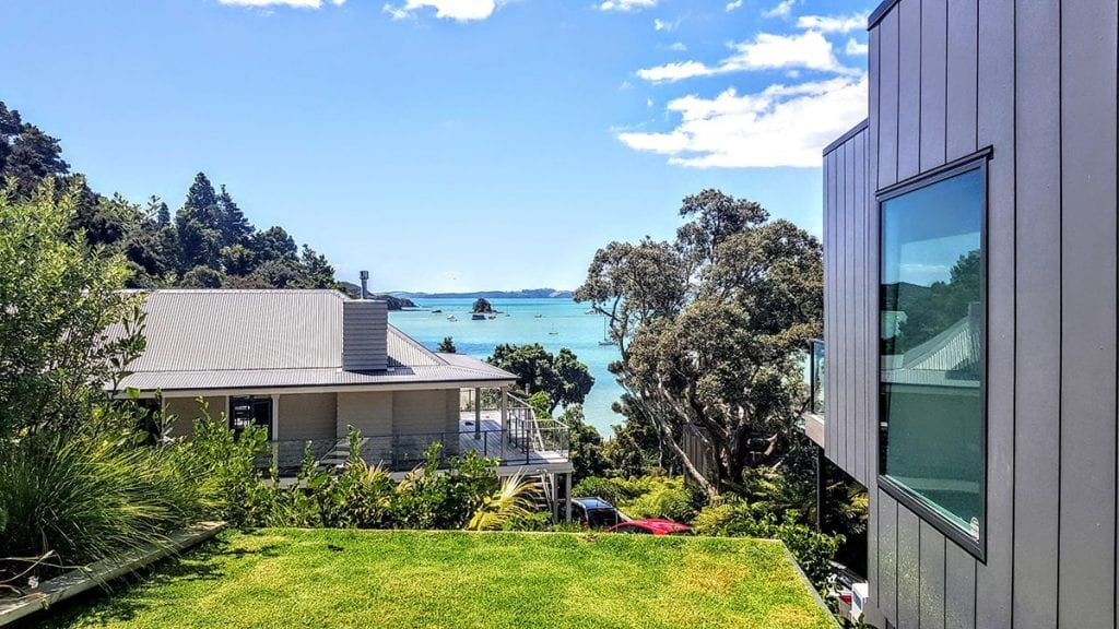 Top Ten Tips for a Summer Smart Northland Lawn